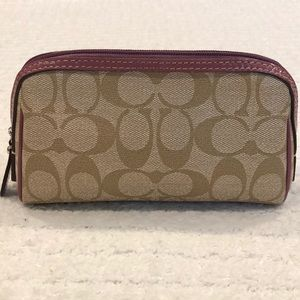 Coach 👛 Cosmetic Case